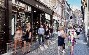 6 2494_fullimage_ddna maastricht shopping winkelstraat_560x350